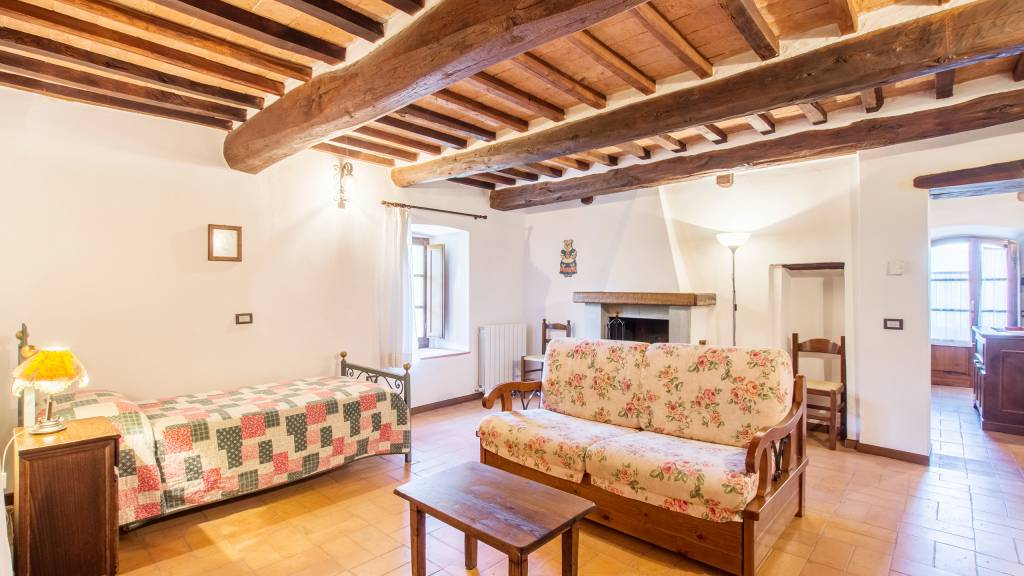 IMGP0052-HDRe--Borgo-Torale-Umbria