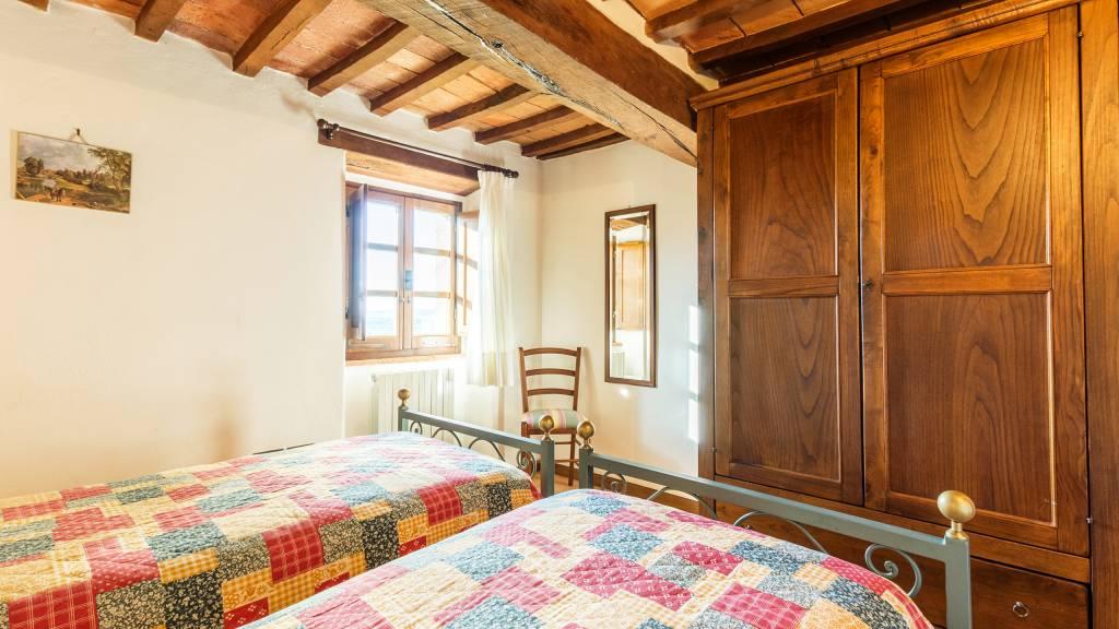 IMGP0309-HDRe--Borgo-Torale-Umbria