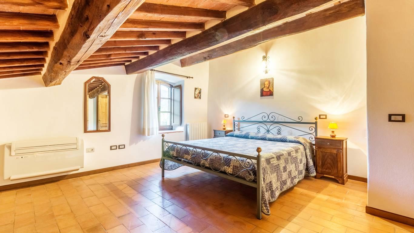 IMGP0108-HDRe--Borgo-Torale-Umbria