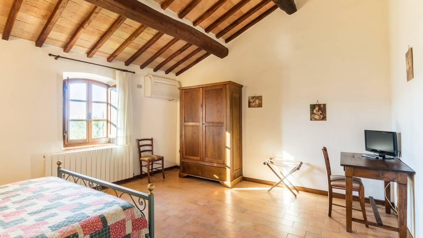 IMGP0322-HDRe--Borgo-Torale-Umbria