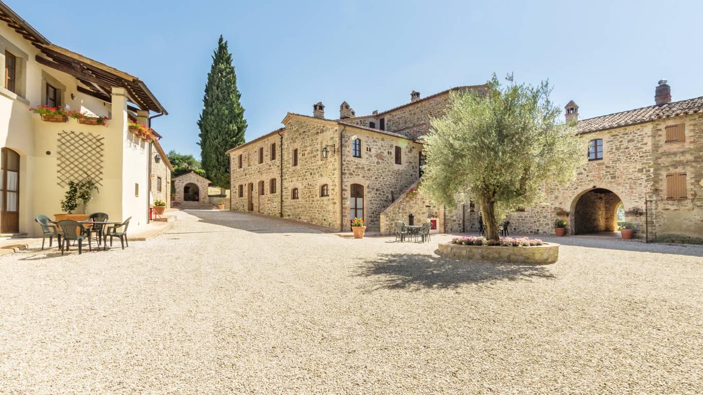 IMGP0500e--Borgo-Torale-Umbria